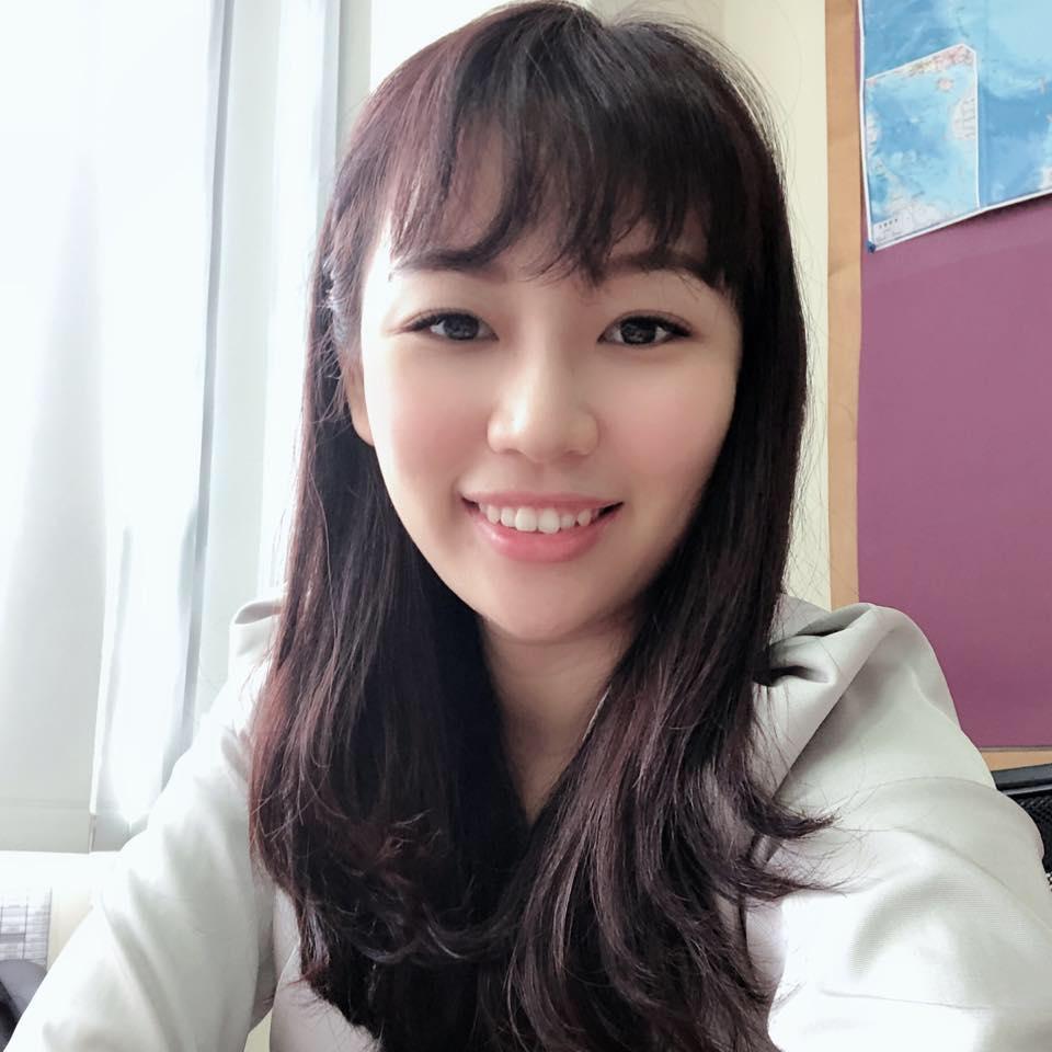 196-專業教師-鄺_縮圖.jpg